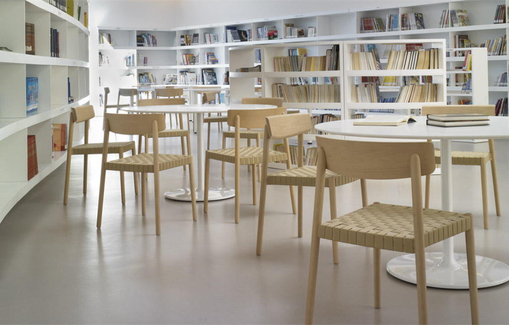Smart   chair designed by Estudio Andreu for Andreu World, Workspace