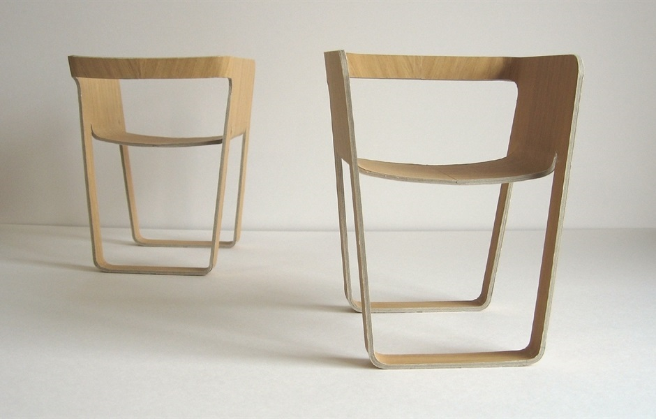 Plyam stackable chair designed by Yoshikazu Moritake, Tokyo (Japan), Andreu World Design Contest, First prize  2008