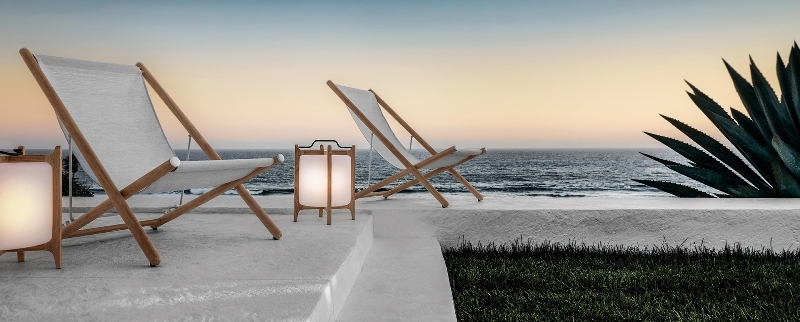 Voyager deck chair designed by Povl Eskildsen for GLOSTER