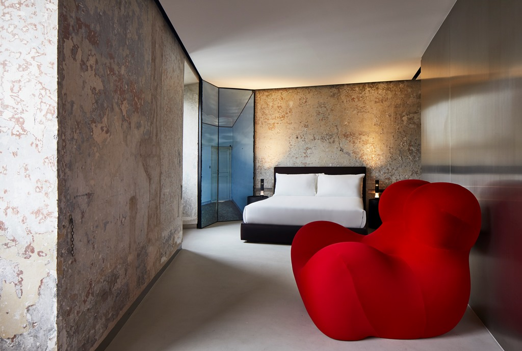 Twin Apartment of The Rooms of Rome with armchair Up Junior designed by Gaetano Pesce , Fondazione Alda Fendi – Espermenti,Rome Architect: Jean Nouvel; Photo  from The Rooms of Rome