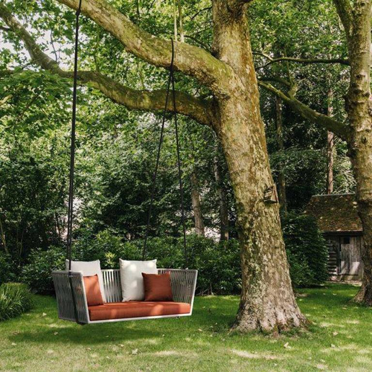 2-seater swing Bitta designed by Rodolfo Dordoni for Kettal
