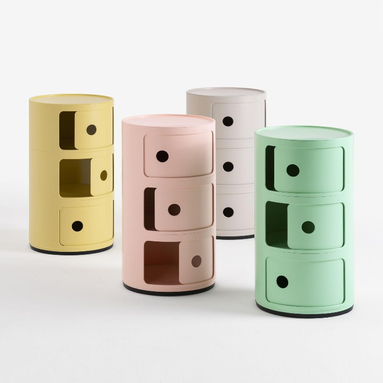 ComponibileBio Container designed by Anna Castelli Ferrieri in 1967,Kartell available in four colours,  PhotoAmbiente Direct